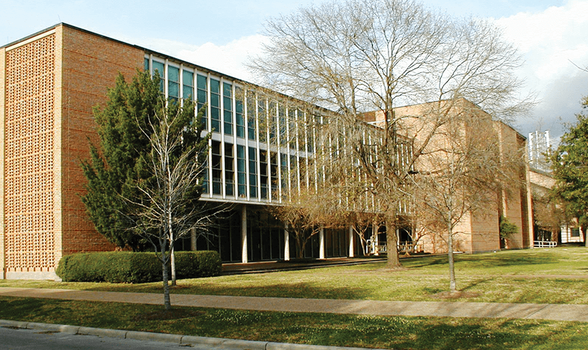 A view of Anderson Biological Lab taken from the outside.
