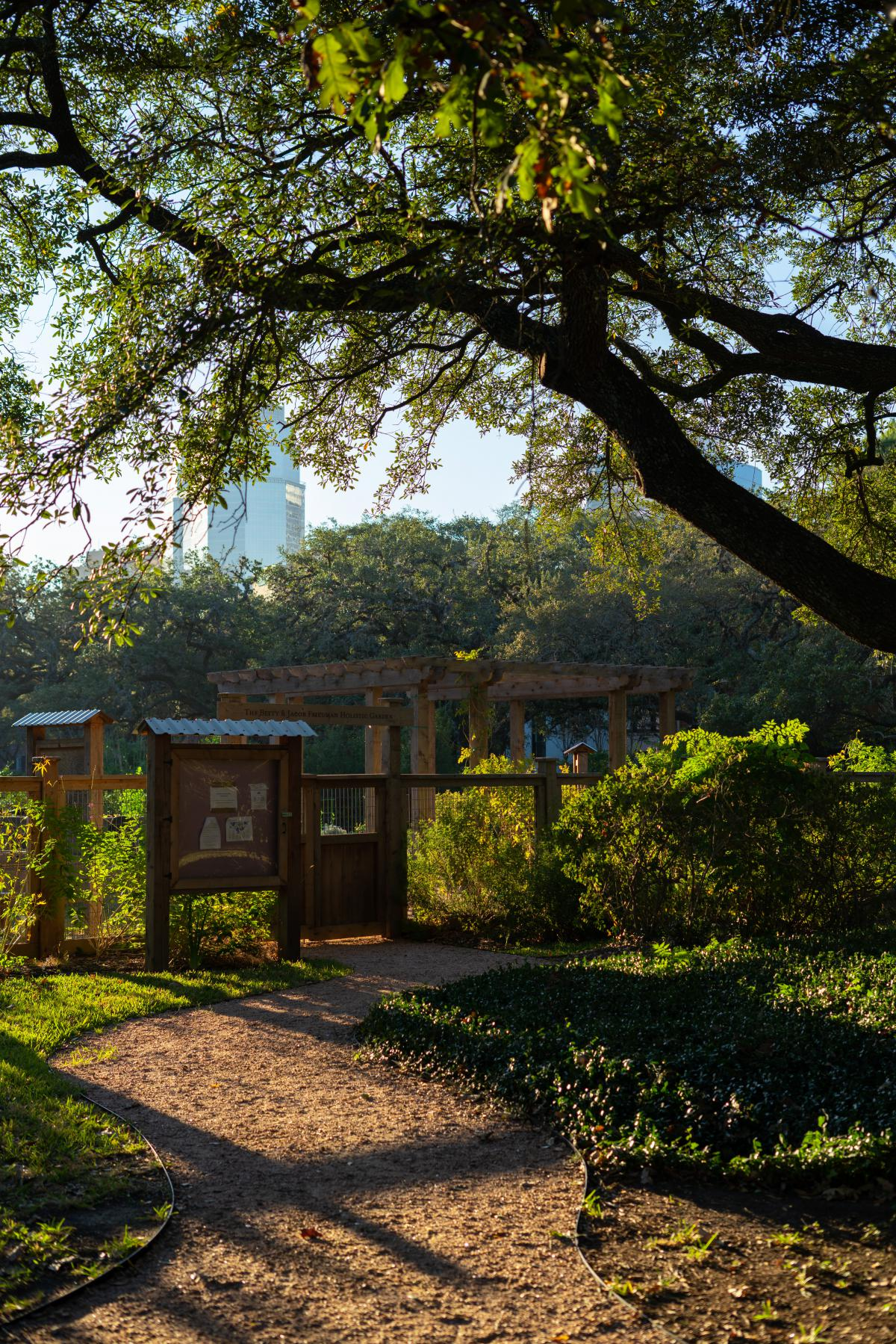 Vertical picture of the entrance to the holistic garden,
